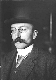 Author photo. Frans Erens [credit: Willem Witsen (1860-1923); source: dbnl]