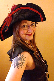 Author photo. This is the photo Jordan L. Hawk has of herself on her own website