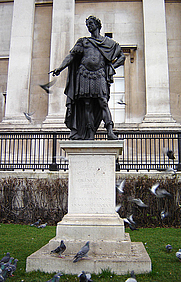 Author photo. Statue of King James II, Trafagar Square, Westminster, London. Photo by Fin Fahey / Wikimedia Commons.
