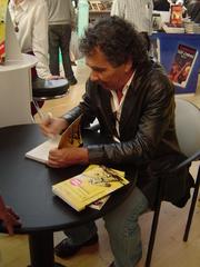 Author photo. Hernán Rivera Letelier <a href=&quot;http://www.flickr.com/photos/aguayoki/290491950&quot; rel=&quot;nofollow&quot; target=&quot;_top&quot;>http://www.flickr.com/photos/aguayoki/290491950</a>