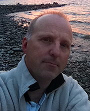 Author photo. Douglas Hunter