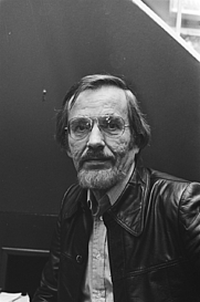 Author photo. Jan Elburg in 1976 [credit: Bogaerts, Rob / Anefo; source: Nationaal Archief Fotocollectie Anefo]