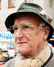 Author photo. Helmut Kahlert