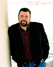 """Author photo. By XanderKing - Own work, CC BY-SA 3.0, <a href=""""https://commons.wikimedia.org/w/index.php?curid=6450530"""" rel=""""nofollow"""" target=""""_top"""">https://commons.wikimedia.org/w/index.php?curid=6450530</a>"""