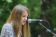 Author photo. Helene Hegemann bei der Lesung auf dem Erlanger Poetenfest 2013/ Amrei-Marie