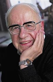 Author photo. Phil Bosmans - Photo: © Uitgeverij Lannoo