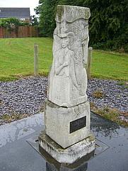 Author photo. Celia Fiennes Waymark, No Man's Heath, Cheshire. Photo by user RHaworth / Wikipedia