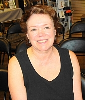 Author photo. Lesa Holstine