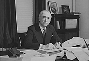 Author photo. Wikipedia (Library of Congress, from U.S. Office of War Information)