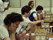 Author photo. Jonathan Speelman, Nigel Short, John Nunn und Tony Miles auf der Schacholympiade 1986 in Dubai