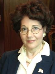 Author photo. Author Beverly Eakman