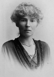 Author photo. Portrait of Gertrude Bell