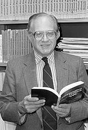 Author photo. Alexander Dallin [credit: Stanford News Service]