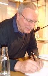 Author photo. Photo by Hans Weingartz / Wikimedia Commons.