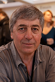 Author photo. By Thesupermat - Own work, CC BY-SA 3.0, <a href=&quot;https://commons.wikimedia.org/w/index.php?curid=19954387&quot; rel=&quot;nofollow&quot; target=&quot;_top&quot;>https://commons.wikimedia.org/w/index.php?curid=19954387</a>
