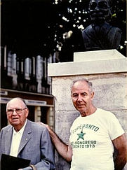 Author photo. Gaston Waringhien (left) and Eduardo Vivancos, Boulogne-sur-Mer 1987: Image © <a href=&quot;http://www.bildarchiv.at/&quot;>ÖNB/Wien</a>