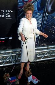 Author photo. Cindy Adams (Gossip Columnist & Author) <BR>Photo by David Shankbone, 2007 (Wikipedia)