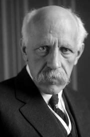 Author photo. Fridtjof Nansen, ca. 1930 [source: Deutsches Bundesarchiv]