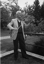 Author photo. Bruno Munari <a href=&quot;http://www.brunomunari.it/index2.htm&quot; rel=&quot;nofollow&quot; target=&quot;_top&quot;>http://www.brunomunari.it/index2.htm</a>
