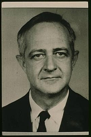 Author photo. New York World-Telegram and the Sun Newspaper Photograph Collection (Library of Congress).
