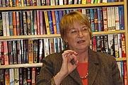 Author photo. Taken by Lesa Holstine, Poisoned Pen Bookstore, 1/26/08