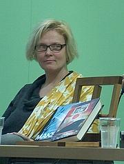 Kirjailijan kuva. Anneli Salo