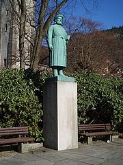 Författarporträtt. Statue of Snorri Sturluson by sculptor Gustav Vigeland, in Bergen, Norway. An identical statue was erected at Reykholt, Iceland.  Source: Own work Date: 27 March 2007 Author: Barend