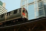 Kirjailijan kuva. CTA elevated train, June 2007, photo by Kevin Miller