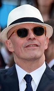 Kirjailijan kuva. wikimedia.org/georgesbiard