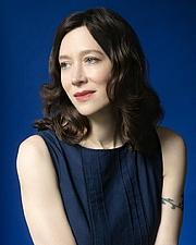 Kirjailijan kuva. Marie Rutkoski Photographed By: Beowulf Sheehan