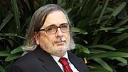 """Forfatter foto. <a href=""""https://www.gerio.cat/noticia/156606/agusti-pons-guanya-el-premi-literari-de-cadaques"""" rel=""""nofollow"""" target=""""_top"""">https://www.gerio.cat/noticia/156606/agusti-pons-guanya-el-premi-literari-de-cadaques</a>"""