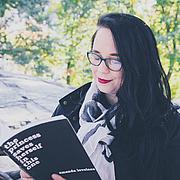 Forfatter foto. via Goodreads