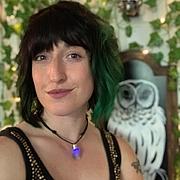 Forfatter foto. Sara Richard's Facebook profile picture