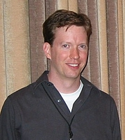 Foto do autor. Sean M. Carroll, physicist