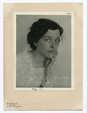 "Fotografia de autor. Courtesy of the <a href=""http://digitalgallery.nypl.org/nypldigital/id?102807"">NYPL Digital Gallery</a> (image use requires permission from the New York Public Library)"