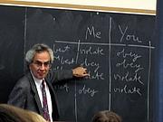 Kirjailijan kuva. Thomas Nagel teaching an undergraduate course in ethics at New York University.