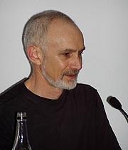 "Foto auteur. <a href=""http://home.agh.edu.pl/~szymon/"">Szymon Sokól</a> (Worldcon 2005, Glasgow)"