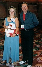 Foto de l'autor. Lynn Hightower with Jim Veatch at American Library Association annual meeting in NYC