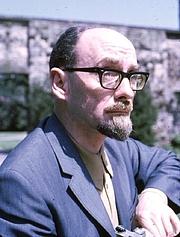 Kirjailijan kuva. Desmond Bagley, 1966.