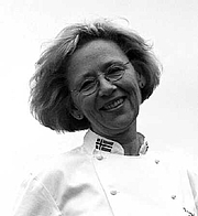 Författarporträtt. Tove Haga. Tove Haga has broad experience from restaurants in Norway and abroad.