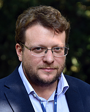 """Kirjailijan kuva. Peter Pomerantsev (2019) By Jindřich Nosek (NoJin) - Own work, CC BY-SA 4.0, <a href=""""https://commons.wikimedia.org/w/index.php?curid=83398351"""" rel=""""nofollow"""" target=""""_top"""">https://commons.wikimedia.org/w/index.php?curid=83398351</a>"""