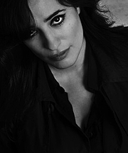Foto do autor. Pola Oloixarac (2011)