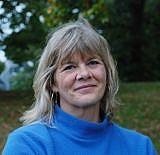 Forfatter foto. via HarperCollins Canada