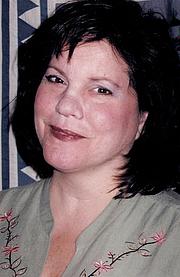 Författarporträtt. pegideitzshea.com