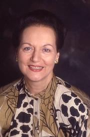 Forfatter foto. Jeanne Bourin à Paris le 17 octobre 1987, France