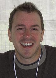 Kirjailijan kuva. Larry D. Moore