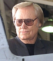 Foto del autor. Country music singer George Jones (born 1931). Photo by SSGT DENISE A. RAYDER, USAF, cropped by uploader (defenseimagery.mil)
