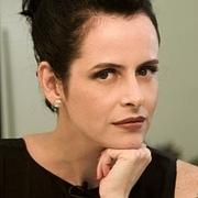 Kirjailijan kuva. Fernanda Young