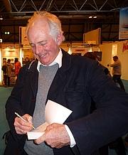 Foto do autor. Wikipedia user Jonathanawhite