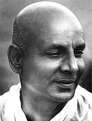 "Foto de l'autor. Uncredited image found at <a href=""http://www.sivananda.org/teachings/swami-sivananda.html"" rel=""nofollow"" target=""_top"">Sivanda Yoga Vedanta Center website</a>"